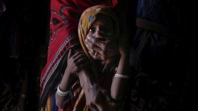 "Photo of ""عاصفة كاملة"".. لماذا يعتبر 2020 أسوأ عام للجوع في اليمن؟.. صحيفة بريطانية تجيب"
